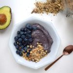 Romige smoothiebowl met avocado