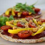 Vegan Pita Pizza met kikkererwten