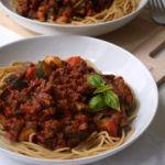 Vegan pasta saus: linzen bolognese
