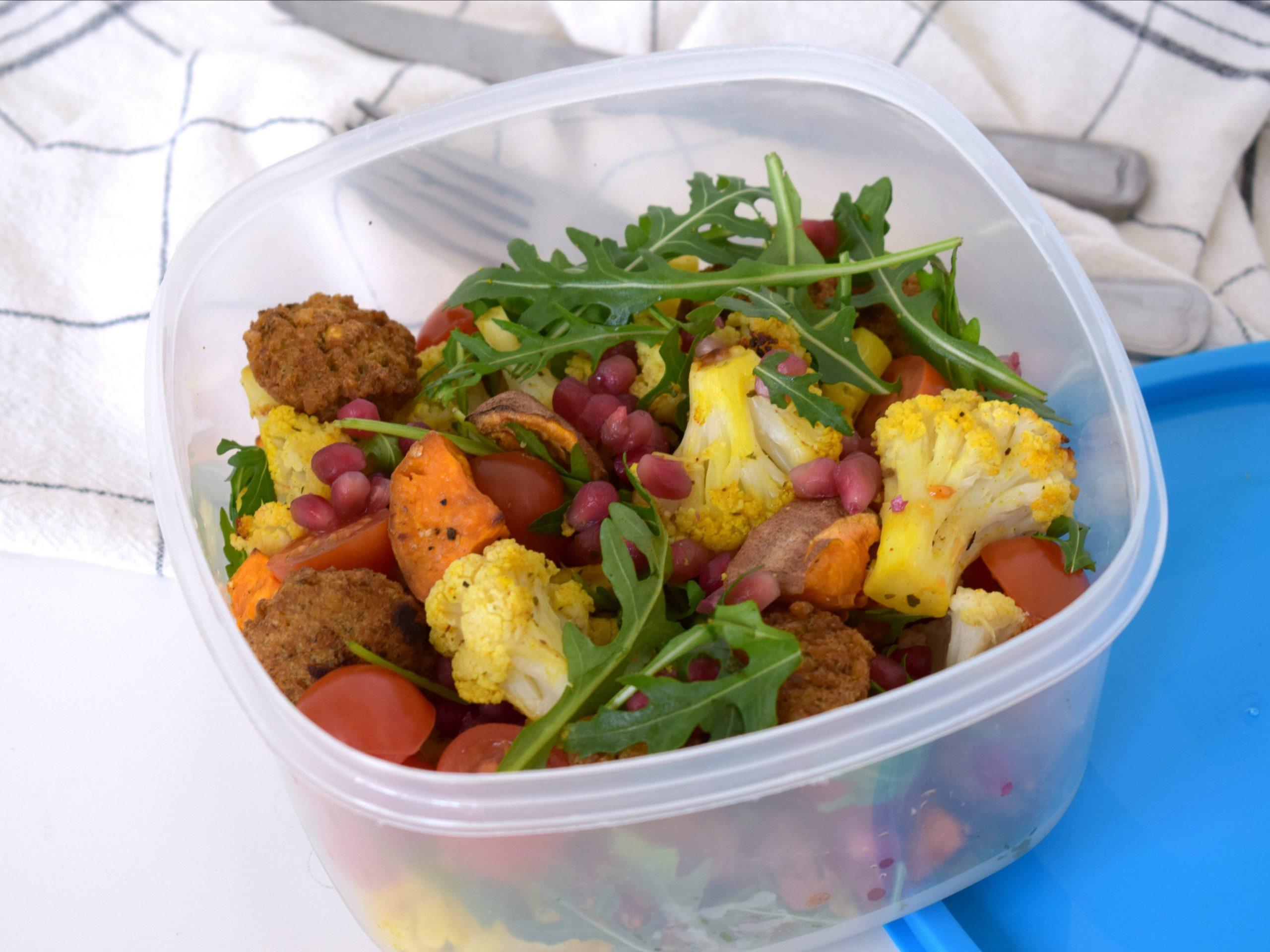 Bloemkool zoete aardappel salade uit de oven: Tupperware Thursday
