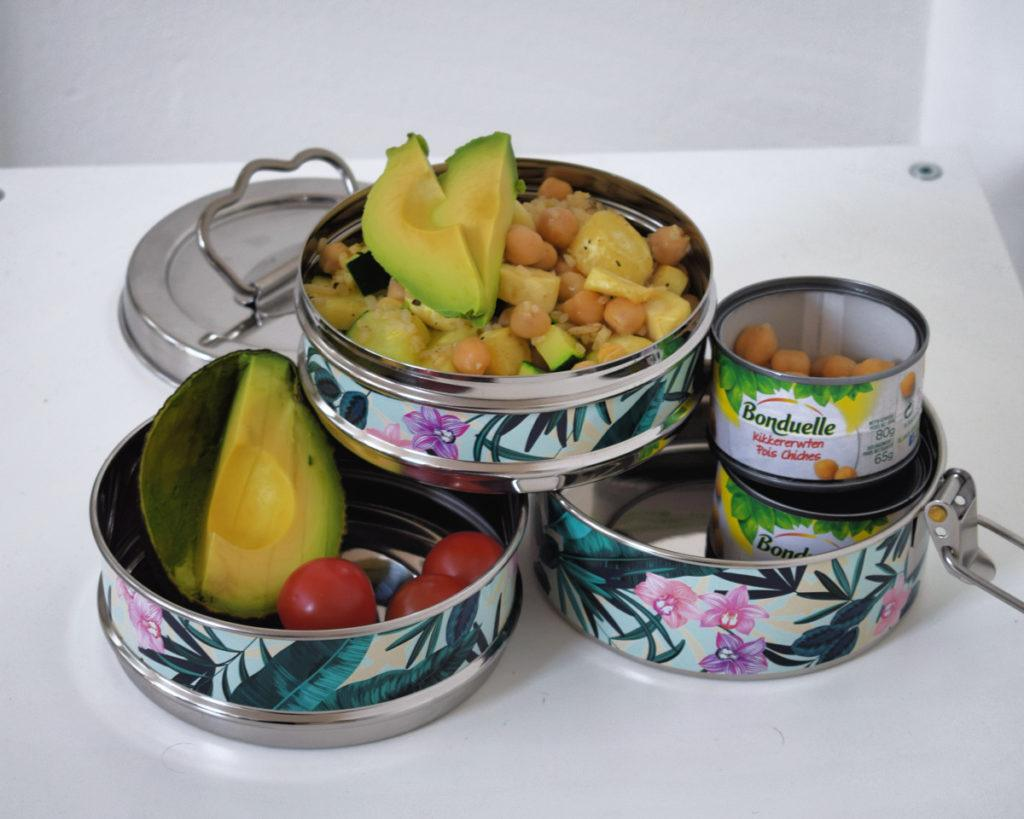 Rijstsalade met pastinaak kikkererwten en avocado