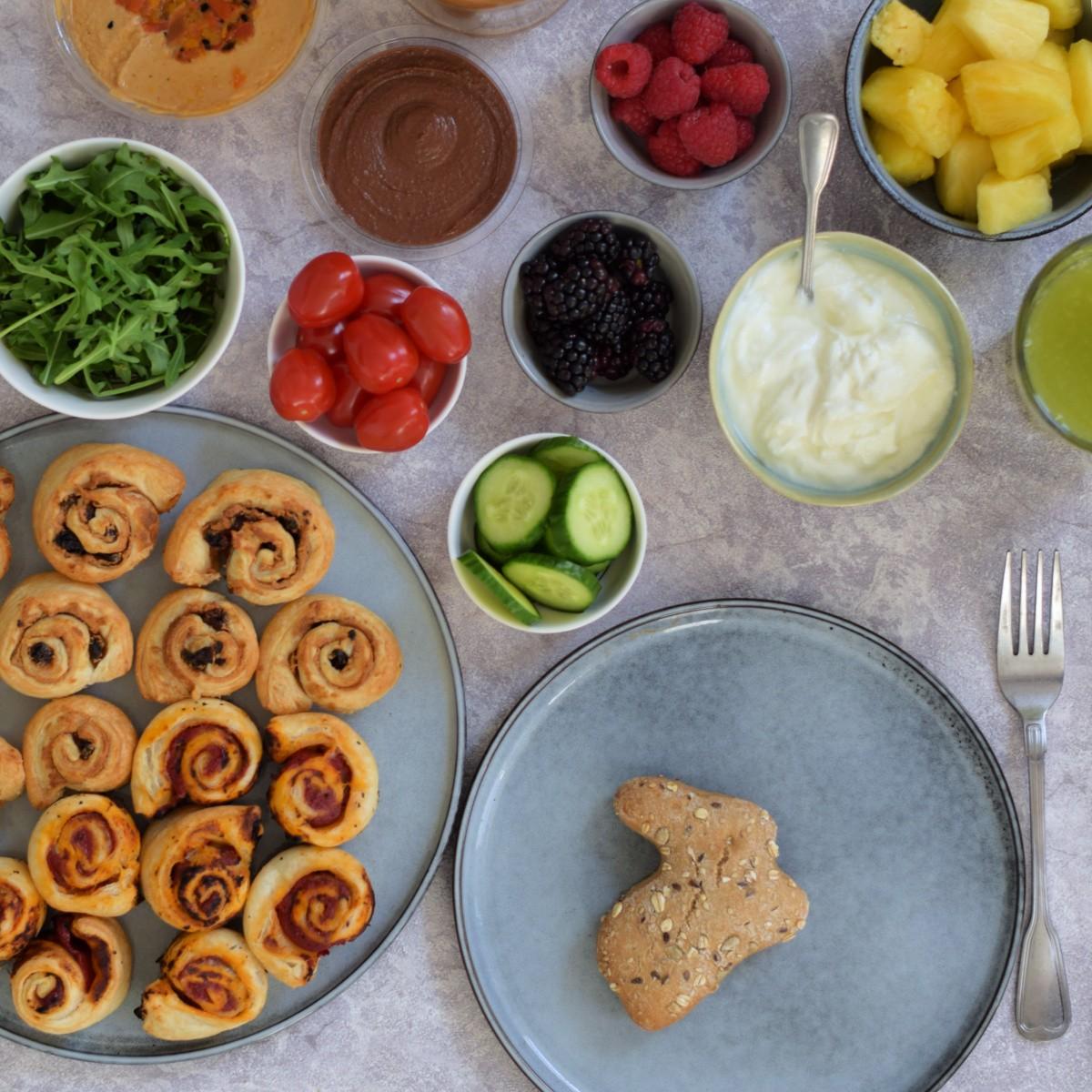 Vegan cinnamon rolls & vegan pizza rolls