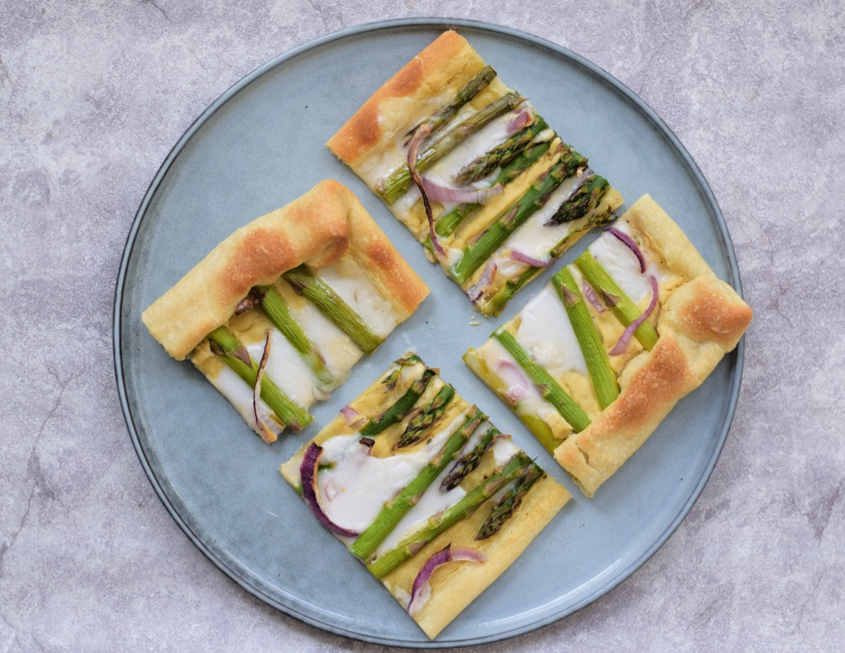 Groene asperge plaattaart – Vegan pasen
