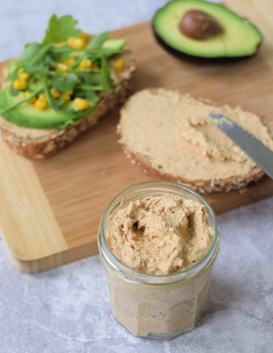 Vegan broodbeleg: Tofu spread mexican style