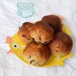 Vegan krentenbollen maken