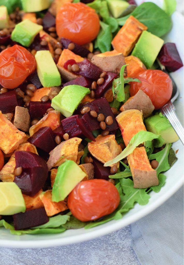 Zoete aardappel linzen salade