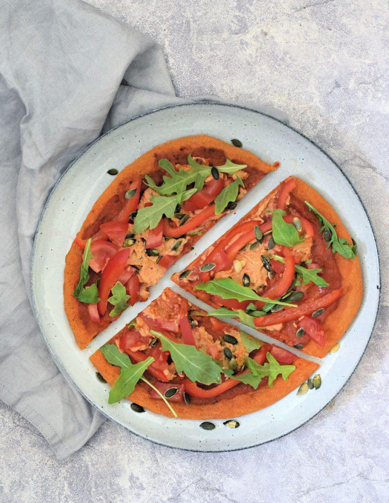 paprika hummus pizza